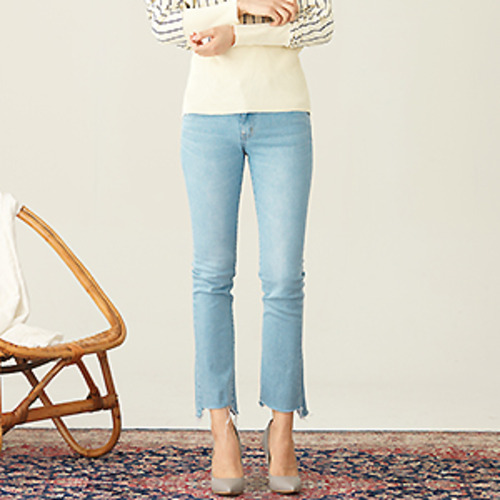 [ 30% SALE ] Original cropped frayed straight-leg jeans
